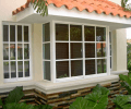 Какими должны быть окна для загородного дома