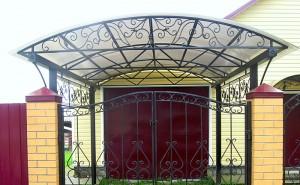 кованый козырек и ворота в одном стиле фото 75