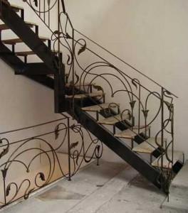 кованая лестница от производителя под заказ