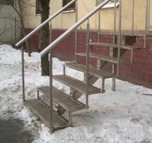 наружная лестница из металла от производителя