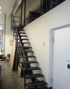 лестница сварная внутренняя
