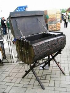 кованый мангал-коптильня