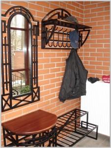 мебель кованая для прихожей комплект