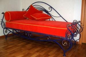 кровать кованая цвет красный/синий