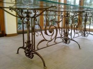 банкетный кованый стол