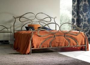 кровать кованая двухспальная
