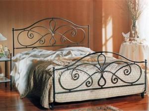 металлическая мебель кровать