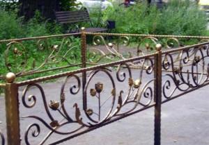 гтовые кованые ограды на кладбище