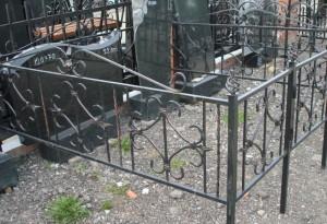 оградка кованая недорогая в Киеве