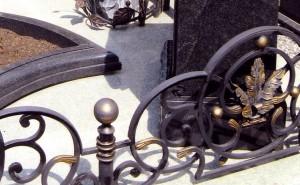 ограда на кладбище под заказ от производителя