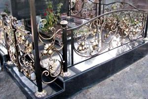 ритуальная ограда художественная ковка