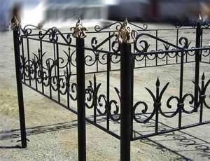 кованая оградка от производителя