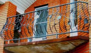 кованые ограждения для балконов в Киеве