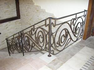 перила для лестницы кованые черные недорогие