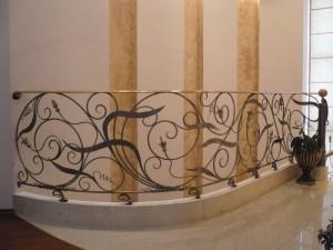 ажурные кованые перила и ограждения для лестницы