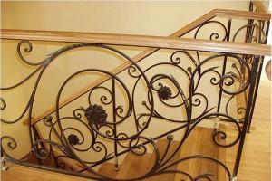 оригальные заказные кованые перила для лестницы