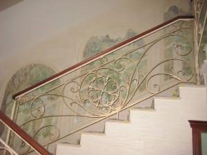 кованые перила к маршевой лестнице