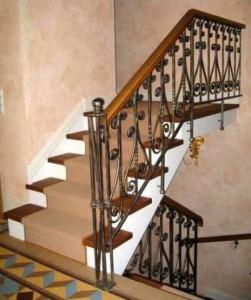 перила кованые для лестницы в частном доме