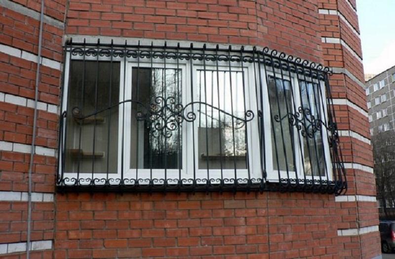"""Кованые решетки на окна, цены киев, Чп """"арт-металл"""".."""