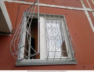 сварные решетки на окна распашные