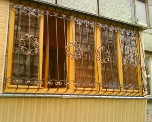 кованые решетки на лоджию