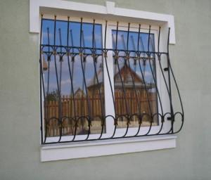 недорогая решетка на окно