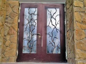 художественные решетки на входные двери