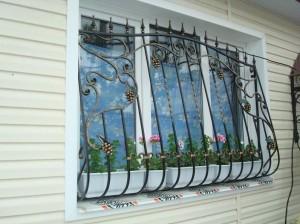 решетки на окна ковка