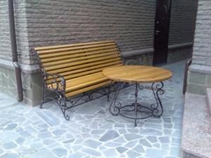 кованая скамейка и столик в киеве от производителя