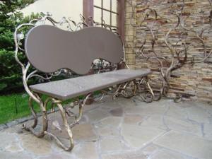 эксклюзивная скамейка с художественной ковкой