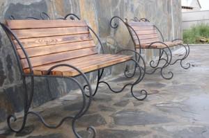 недорогие кованые скамейки в наличии