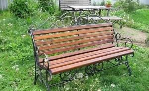 парковая кованая скамейка