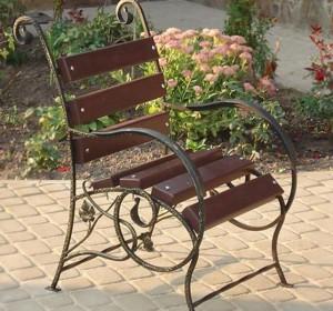 кованое кресло на террасу