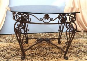 кованый стол со стеклянной столешней купить у производителя