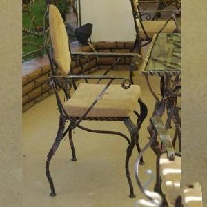 кованые стулья в наличии и под зака