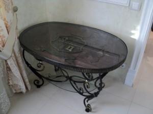 недорогой кованый столик от производителя