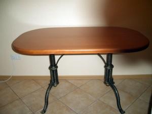 стол с коваными ножками под заказ