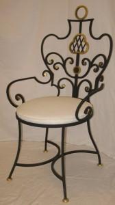 кованый мягкий стул