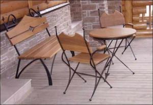 кованый стол, скамейка и 2 стула