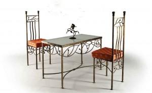 оригинальный кованый столик и 2 стула