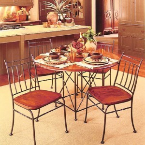 стол и стулья металл дерево