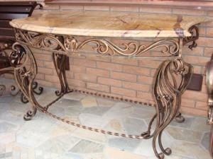 стол кованый с мраморной столешней