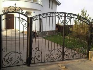 кованая калитка ворота