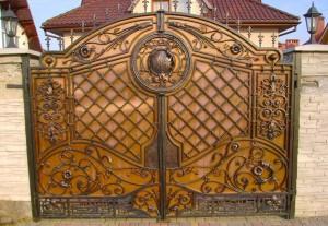 кованые ворота эксклюзивные с художественной ковкой на заказ
