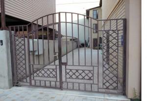 простые сварные ворота для частного дома