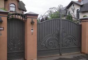калитка ворота сварные с коваными элементами