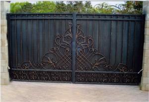 ворота распашные черные кованые