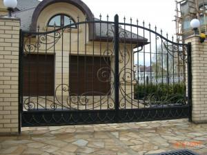 ворота с художественной ковкой под заказ