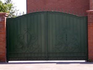 ворота черные простые