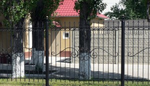 секционный сварной забор для ограждения территории